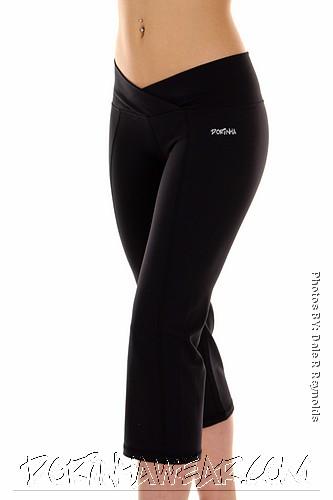 Buy Dorinha Active Capri - Black