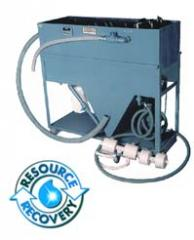 Tramp oil solid separators
