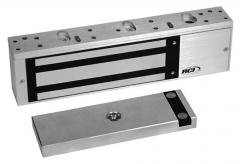 Single outswinging interior or perimeter doors 8310-IQ