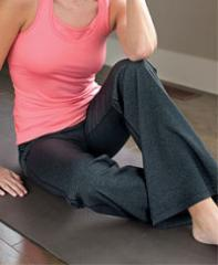 Womens CONTEMPORARY FIT Relaxed Yoga Pants with FRESHTECH